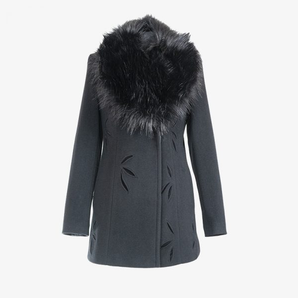 Kabát 1